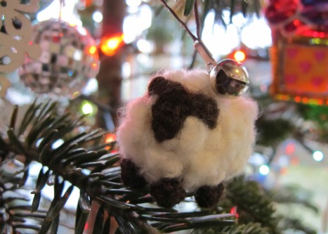 New Zealand Sheep Christmas Ornament