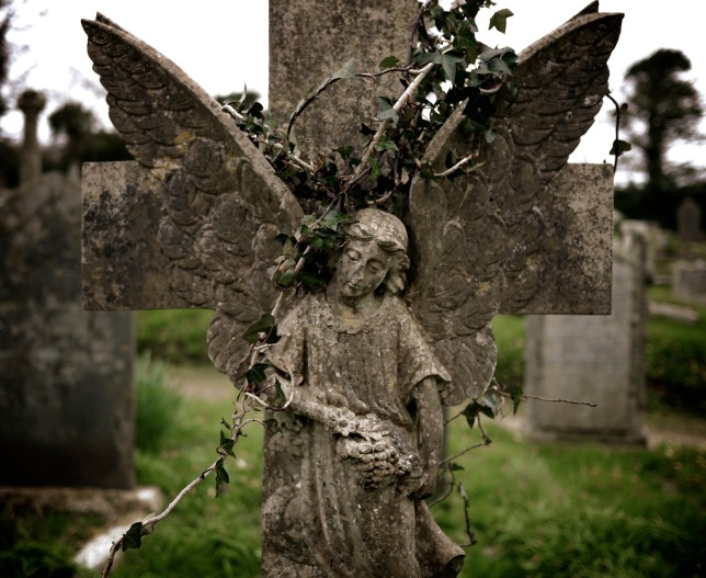 Angel Gravestone, St Willow  Cornwall, Photo Credit, Elizabeth Harper